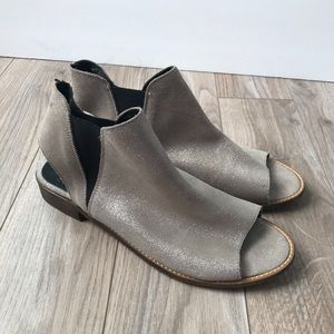 musse & cloud ciara open toe sandals silver sz 10